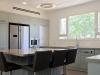 המטבח, כחול מעושן בשילוב עץ גושני ונירוסטה