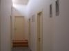 תאורה טבעית אל המסדרון הפנימי בבית