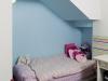ניצול החלל שנוצר מתחת לגרם המדרגות לטובת גומחת שינה בחדר ילדים